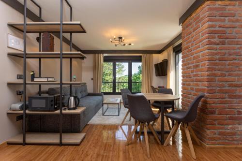 Pampas apartments Mrežnica - Apartment - Duga Resa