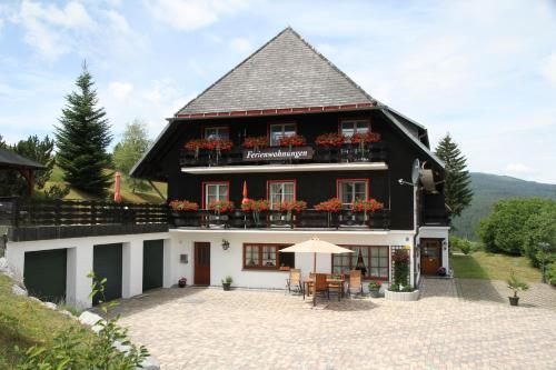 . Villa Hubertus