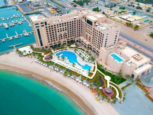 . Al Bahar Hotel & Resort