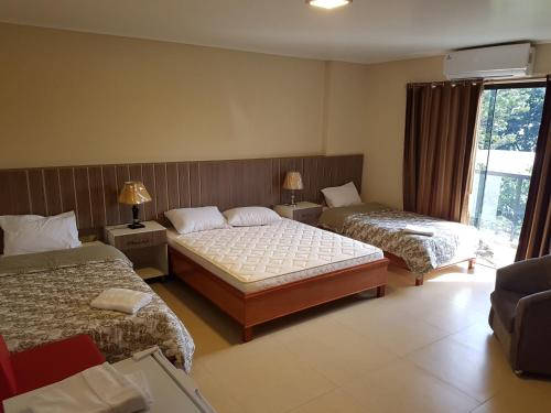 Ares hotel, Hernandarias