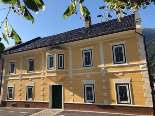 . Ferienwohnungen Appartementhaus Hohe Tauern