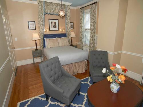 Bellevue Manor - Accommodation - Newport