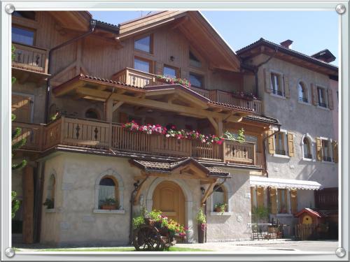 B&B AL BORGO ANTICO - Accommodation - Pinzolo