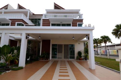 Paradise Symphonia Resort Home @ Tanjung Tokong