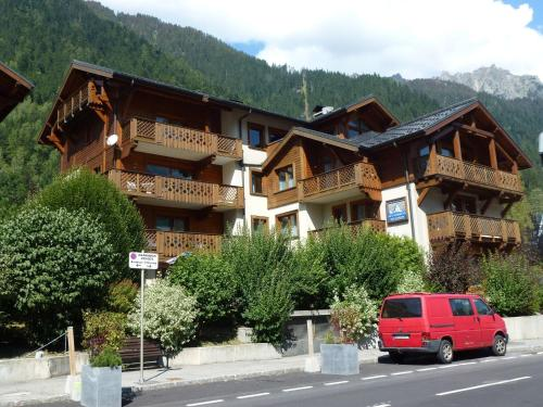 Beautiful Apartment in Chamonix France with Balcony Chamonix