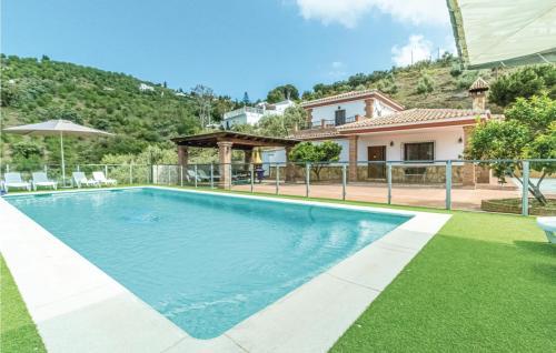 Five-Bedroom Holiday Home in Competa - Hotel - Cómpeta