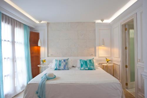 Junior Suite (Living room or Balcony) Son Sant Jordi - Turismo de Interior 5