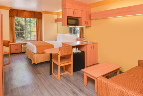 Value Inn Worldwide-LAX - Inglewood, CA CA 90304