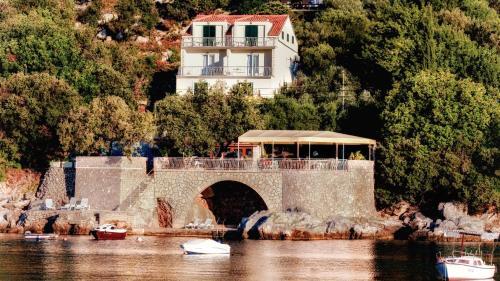 . Villa Marin