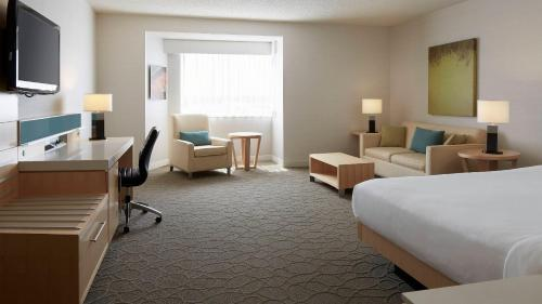 Delta Hotels By Marriott Prince Edward - Photo 2 of 61
