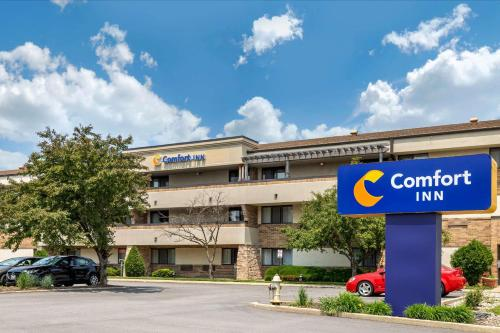 . Comfort Inn Arlington Heights-OHare Airport