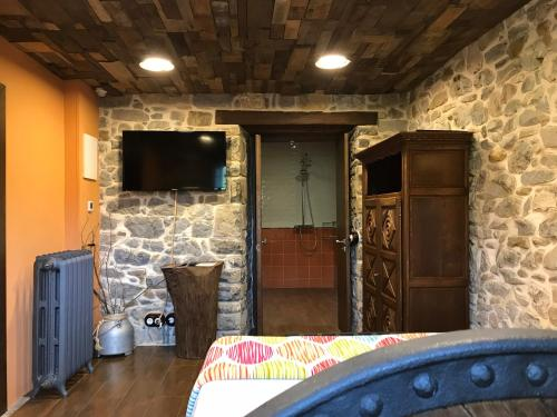 Habitación Doble adaptada para personas con movilidad reducida Casona de El Castañíu 2