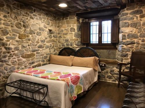 Habitación Doble adaptada para personas con movilidad reducida Casona de El Castañíu 3