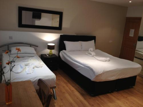 274 Suites Main photo