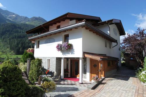 Haus Buchhammer 272116 St. Anton am Arlberg