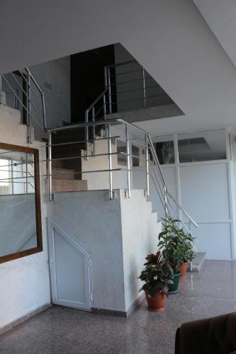 Roof Inn - Accommodation - Batumi