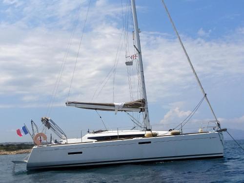Lady Pink XL (bateau) - Hôtel - Vannes