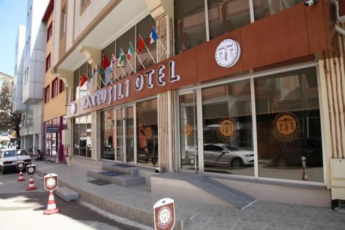 Corum Hattusili Hotel ulaşım