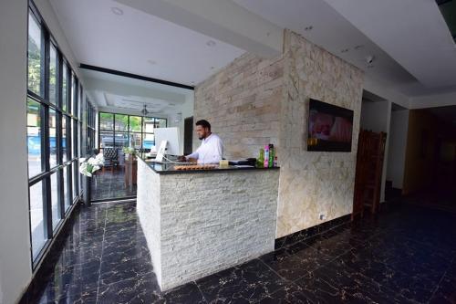 La Orilla Hotel And Restaurant, Azad Kashmir