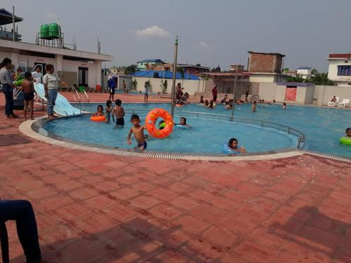 Subod Hotel & Guest House, Mechi
