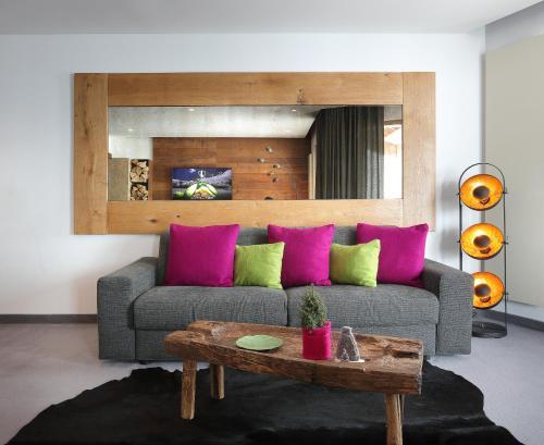 Four-Bedroom Deluxe Suite - Cosy Home