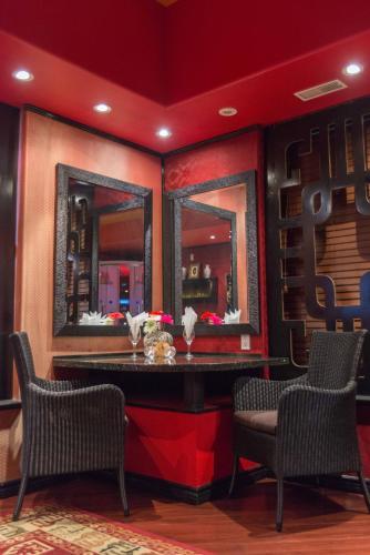 Hotel Mariaggi's Theme Suite Hotel & Spa