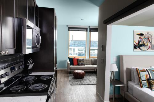 Domicile Suites At Cove