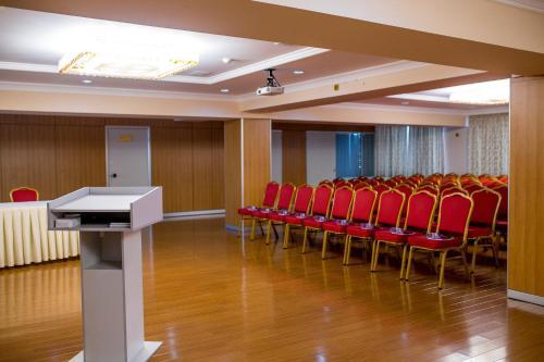 Shymkent Hotel, Shymkent