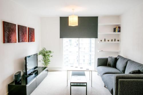 1Br Home With Aircon By Guestready