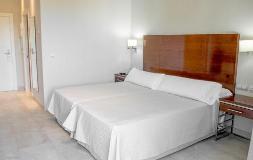 Habitación Doble Superior con terraza - 1 o 2 camas Hotel Atlántico 17