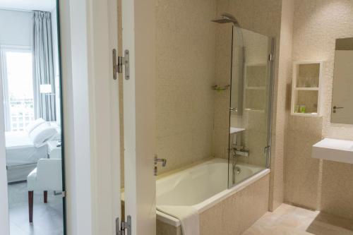 Habitación Doble - 1 o 2 camas Hotel Atlántico 26