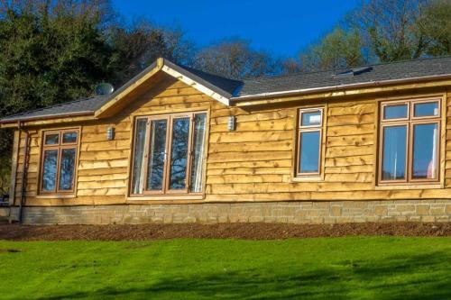 Owl Lodge, St Neot, Cornwall