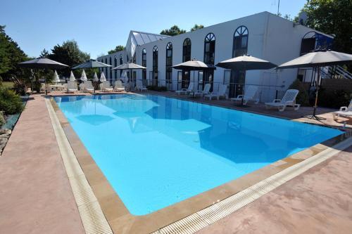 Agape Hotel Niort  Bessines