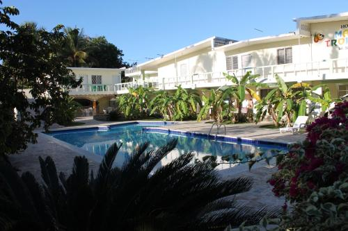. Hotel Magic Tropical