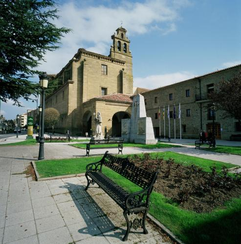 . Parador de Sto. Domingo Bernardo de Fresneda