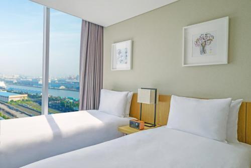Triple Room - City View
