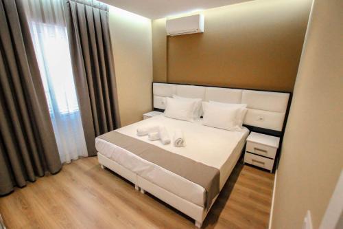 . Brilant Luxury Apartment