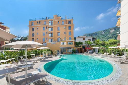 . Hotel Leone