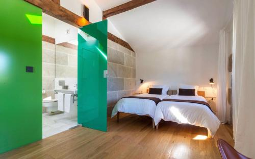 Double or Twin Room - single occupancy Os Lambráns 1