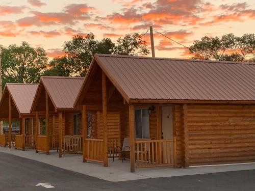 . Countryside Cabins