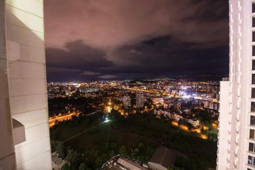 33rd floor luxury apartment spa & fitness - Apartment - Skopje