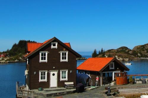 Kobbaneset No 1 - Tett På Havet - Bekkjarvik - Photo 2 of 27