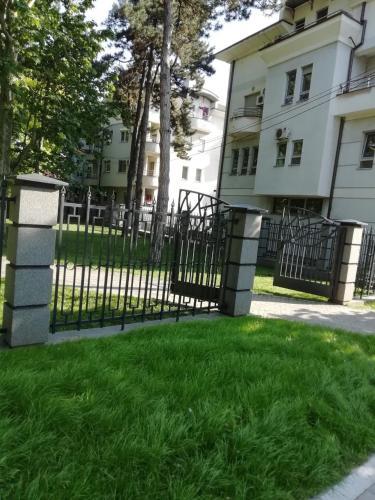 Park Apartment by City Center