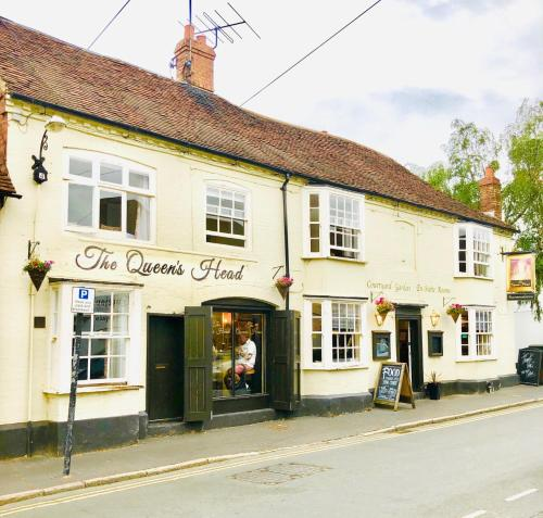 The Queens Head - Stratford Upon Avon