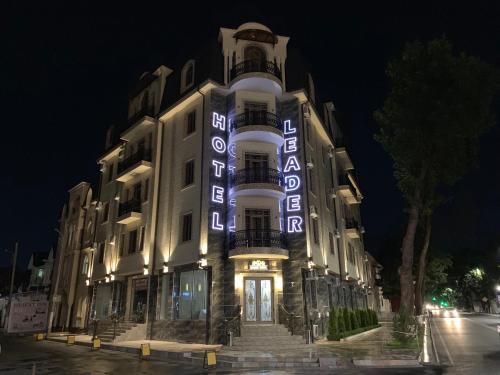 . Leader Hotel