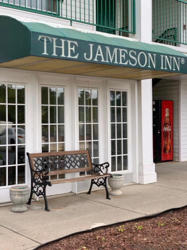 Jameson Inn - Oakwood - Accommodation