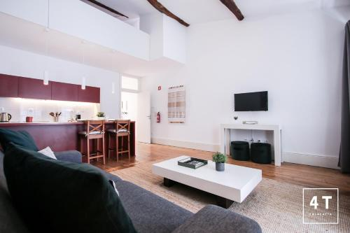Calacatta Housing, Pension in Porto