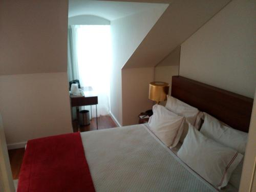 Mansard Double Room with Interior View