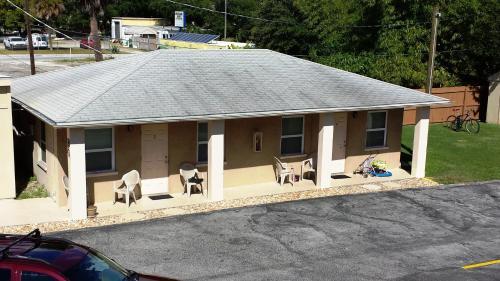 Aladdin Motel - Merritt Island, FL 32952