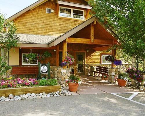 Swan Mountain Resort